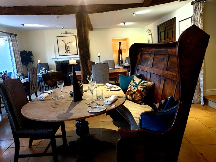 The Kings Hotel - Chipping Campden Cotswolds MenStyleFashion 2019 review (24)