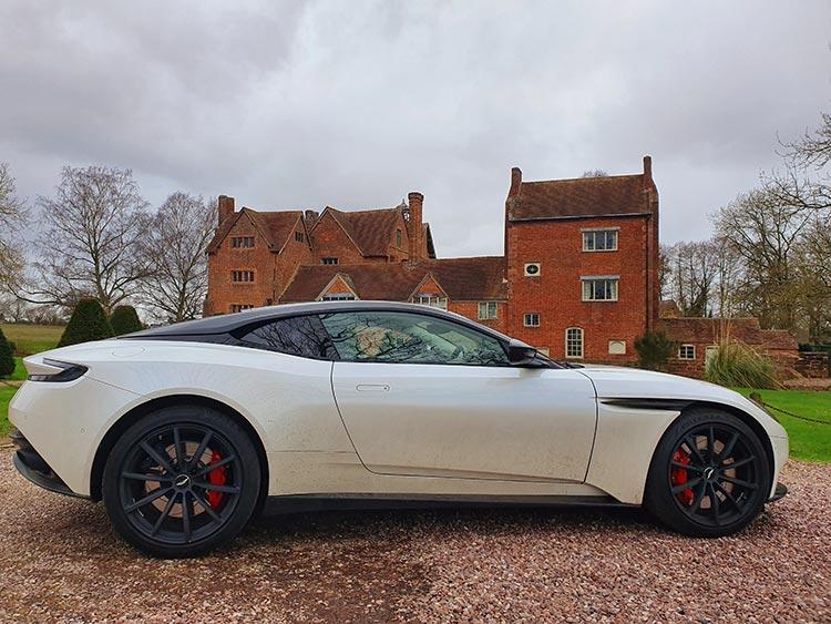 Aston Martin DB11 REview menstylefashion 2020 worcester UK (1)