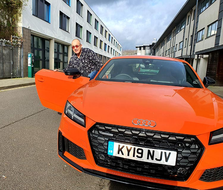 Audi TT Pulse Orange MenStyleFashion Elderly Men (2)