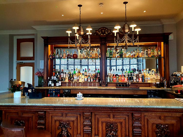 Bar area Brockencote Hall Hotel review menstylefashion Worcestershire 2020 (1)