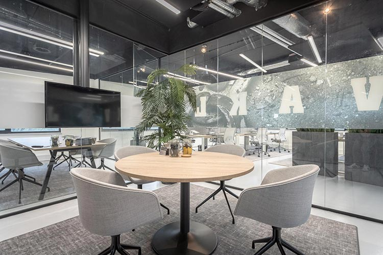 3 Tips For Remodelling Your Office Safely