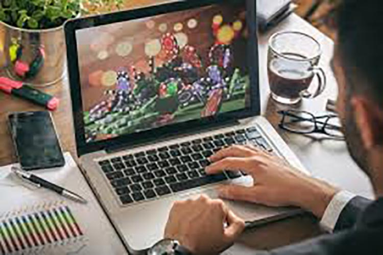 Why People are Online Gaming In Coronavirus Times