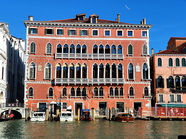 Ego' Boutique Hotel Venice – Grand Canal & Rialto Bridge Views