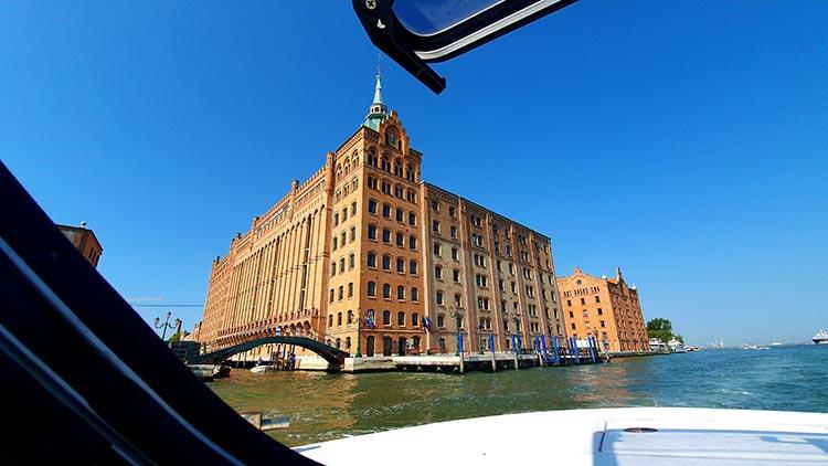 Hilton Molino Stucky Venice - Flour Factory Preserving Italian History