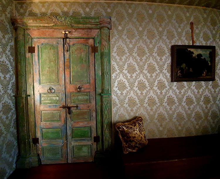 Relais Alberti Lido Venice - Fourteenth Century Venetian Hotel (23) silk cloth wallpaper