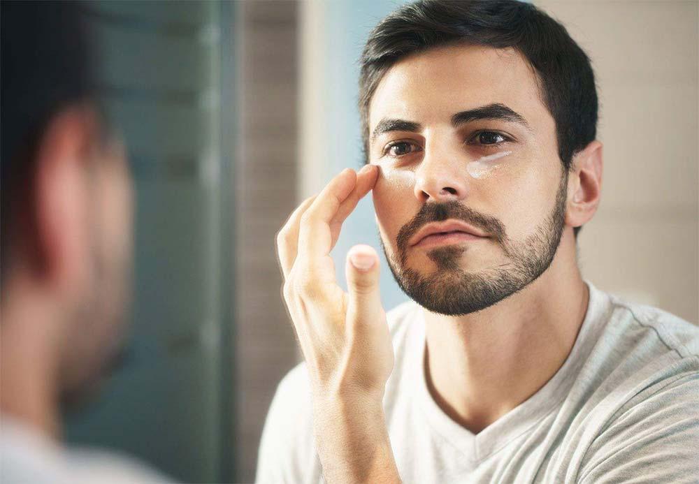 moisturize regularly men