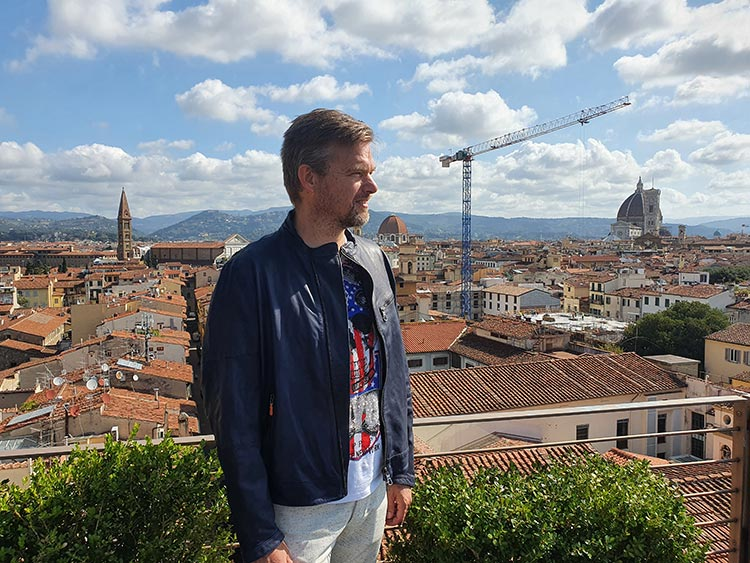 LAI Ferenze - Leather Jacket Style Tips 2020 The Westin Excelsior Florence (2)