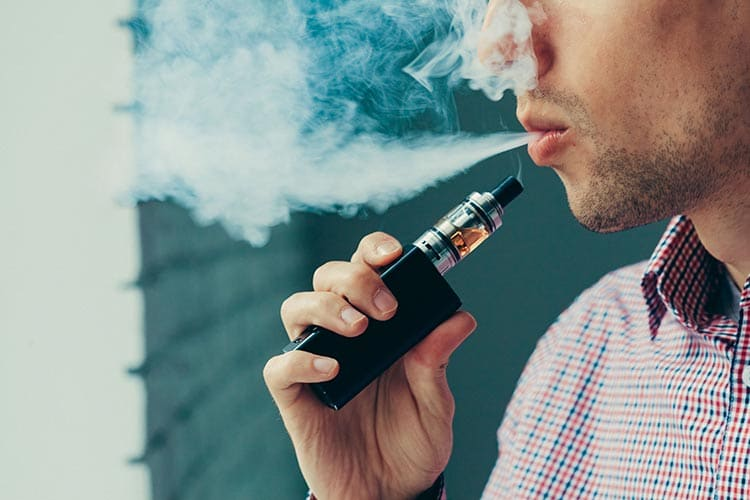Four Reasons Why Vaping Is Better Than Smoking