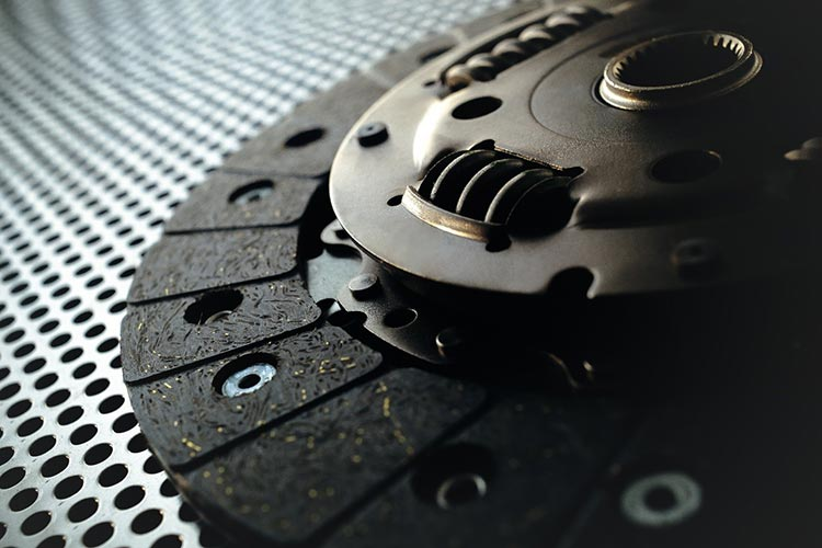 5 Things to Check Before Buying Car Clutches Online