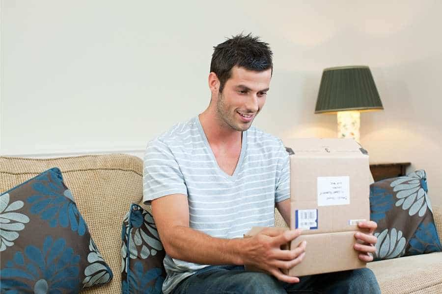 10 Gift Ideas for Guy Friends Going Through a Divorce