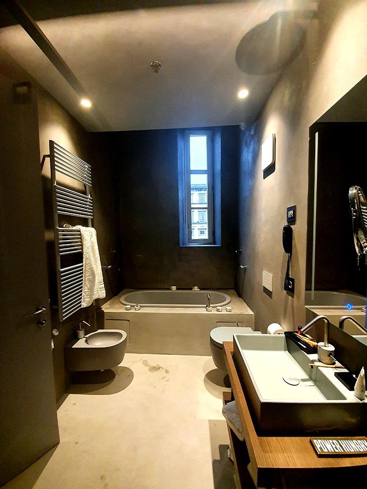 Grey Bathroom Aria Suite Grand Universe Lucca