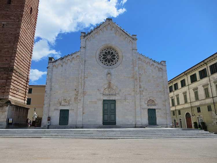 Il Duomo Pietrasanta