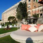 Hotel Excelsior Venice Lido Beach Resort Italy (1)