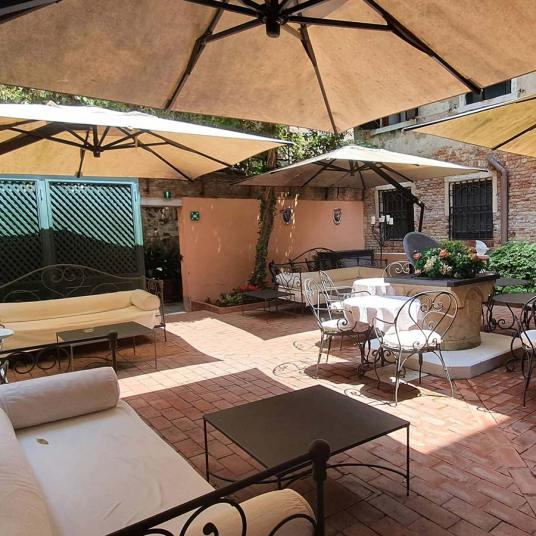 Hotel Palazzetto Madonna Venice - Reviewed (2) San Polo garden