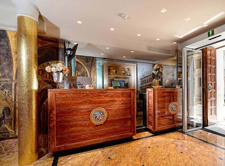 Hotel Palazzetto Madonna Venice - Reviewed reception