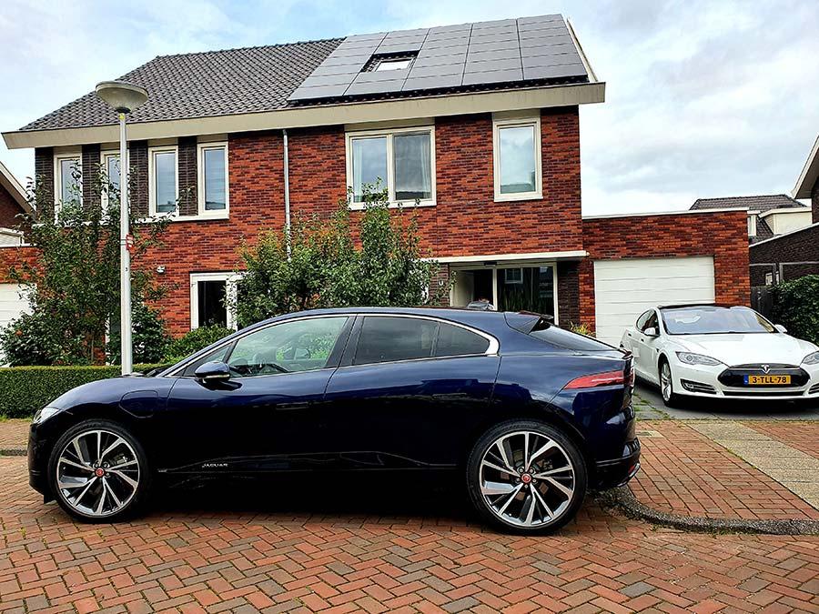 Jaguar IPACE SUV Holland review (1)