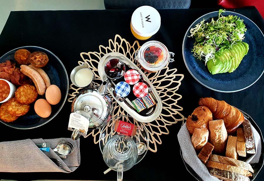 breakfast WExchange Wamsterdam hotel 2021 (2)