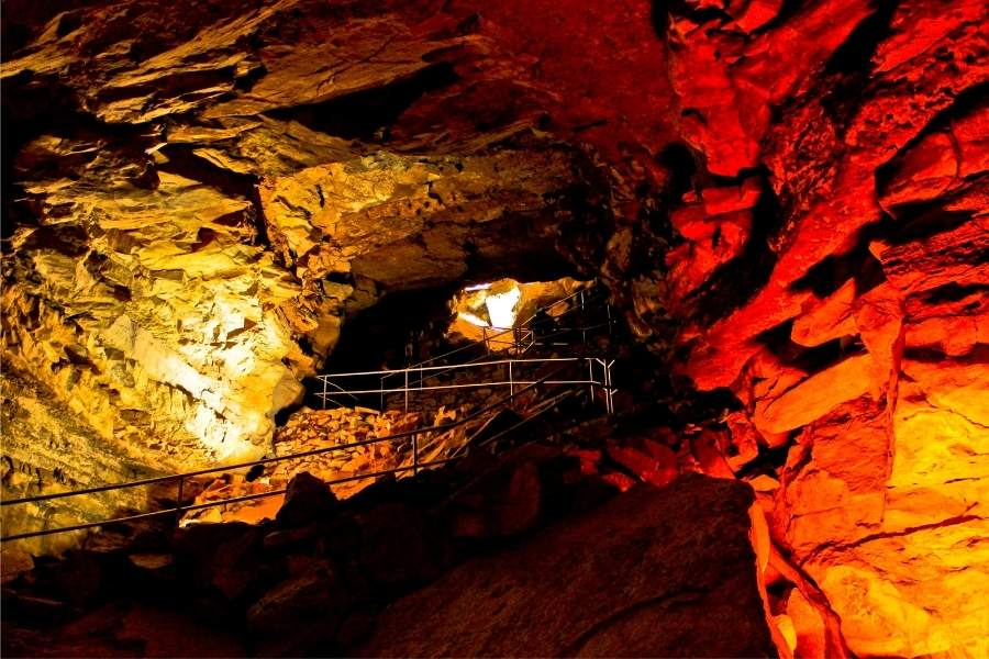 Caverna Mammoth