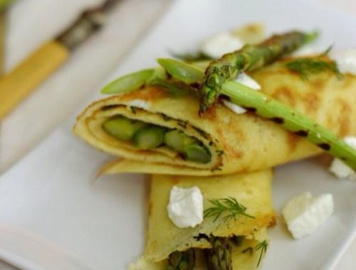 reteta omleta cu sparanghel si ceapa verde