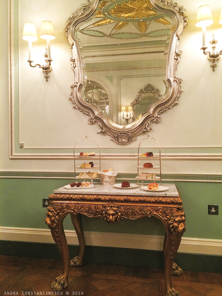 afternoon-tea-connaught-hotel-londra
