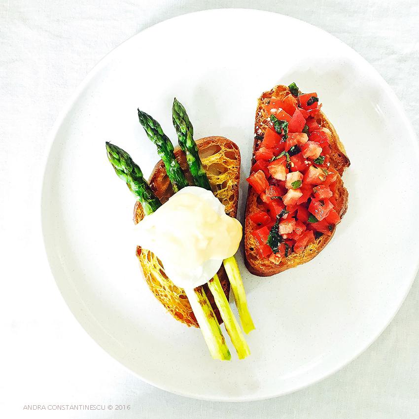 Mic dejun cu sparanghel