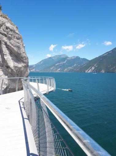 La Pista Ciclabile Dei Sogni è Sul Lago Di Garda Come