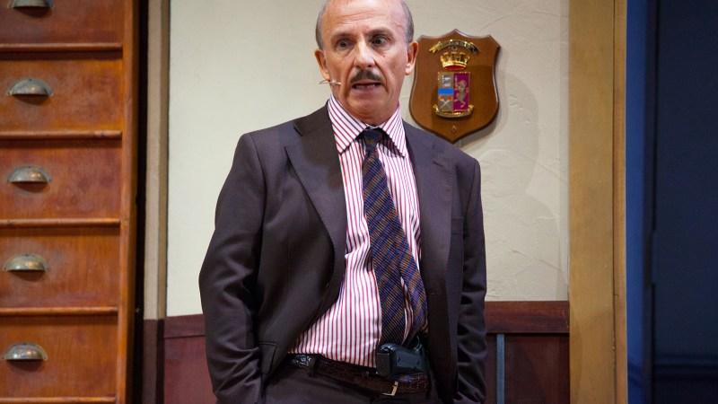 """Carlo Buccirosso porta al Cilea un vero """"Colpo di scena"""""""