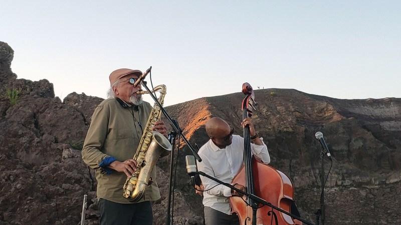 Charles Lloyd e l'incanto del concerto sul Cratere del Vesuvio