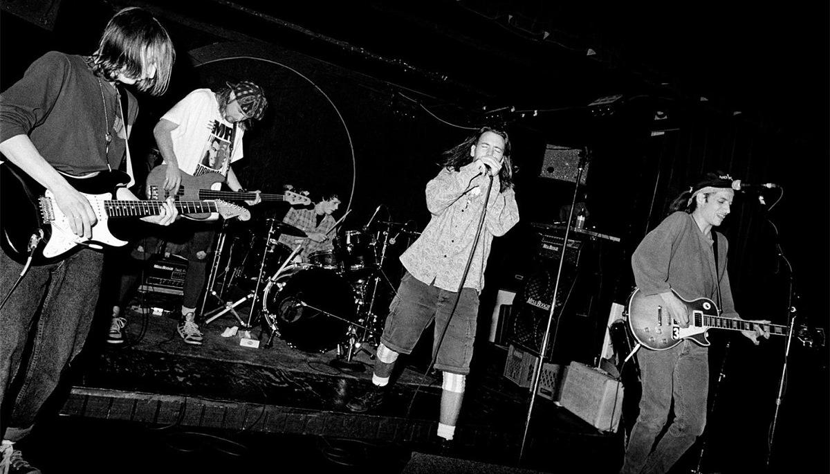 La maledizione del grunge, il surf e la ricetta della nonna: l'alba dei Pearl Jam