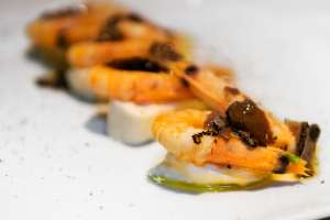 Antipasto crostacei e tartufo