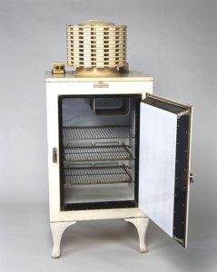 1934 yılında ABD'de üretilen bir buzdolabı