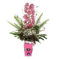 vazoda çiçek