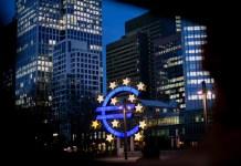 El euro volverá al trono de las divisas en 2018