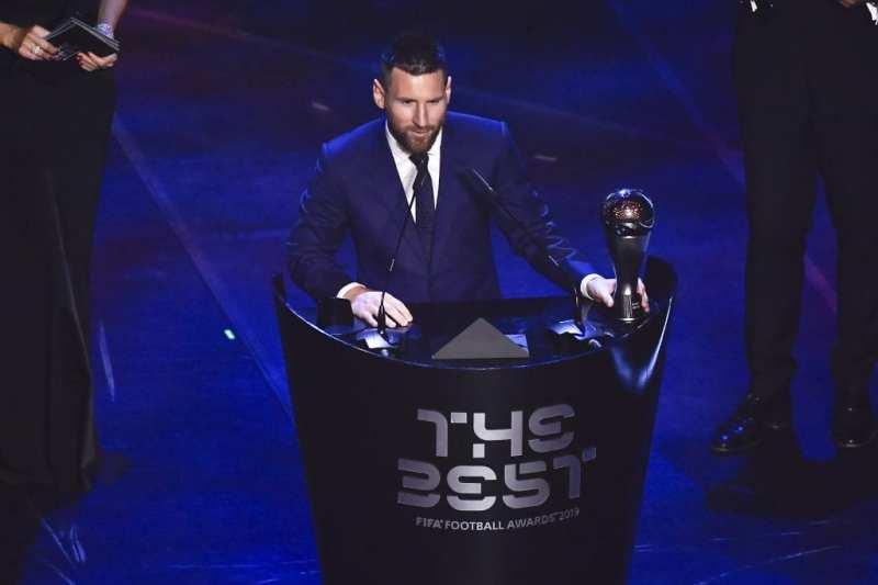 Premios The Best 2019, Leo Messi gana el trofeo a mejor jugador.
