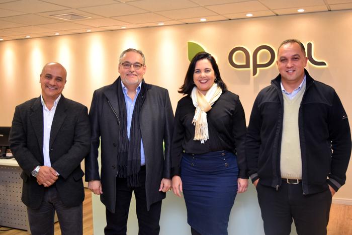 Carlos Silva, gerente Comercial Regional, Agnaldo Abrahão, diretor Comercial,  Claudia Brito, gerente Comercial Nacional e Celso Andrade, gerente Comercial Regional