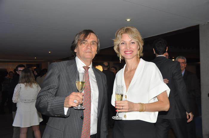 Jean-Philippe Pérol e Carolina Putnoki, o antigo e a nova diretora da Atout France