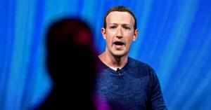 """""""No puedo callar sobre lo que ocurre dentro de Facebook"""", confiesa el exmentor de Mark Zuckerberg"""