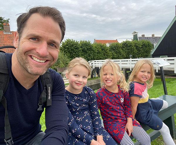 Arjan and his children
