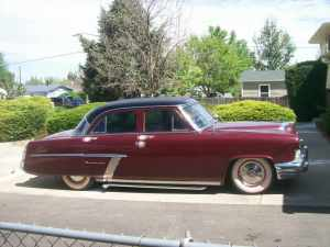 1952 Mercury Monterey Sedan