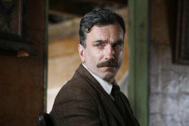 """Daniel Day-Lewis stars as """"Daniel"""" in Paramount Vantage's drama, """"There Will Be Blood."""" (Paramount Vantage/MCT)"""