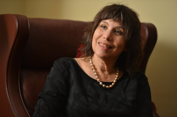 """Berkeley evolutionary psychologist Alison Gopnik, author of """"The Gardener and the Carpenter,"""" discusses her latest book during an interview at her home in Berkeley, Calif., on Tuesday, Sept. 27, 2016. (Kristopher Skinner/Bay Area News Group)"""