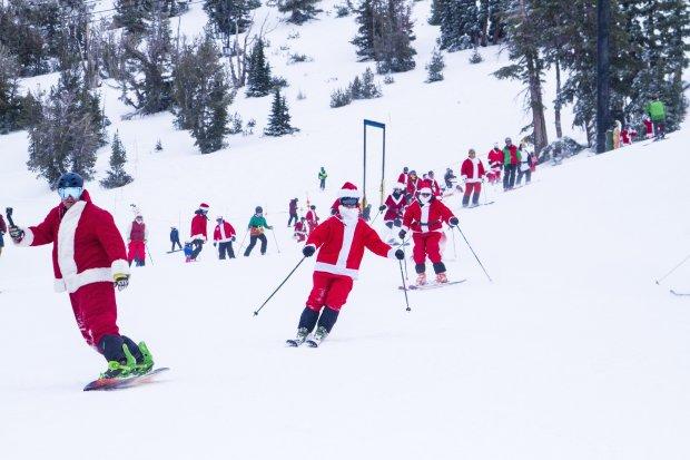 Costumed Kringles flock to Mt. Rose Ski Tahoe for the annual Santa Ski Crawl. (Photo: Mt. Rose Ski Tahoe)
