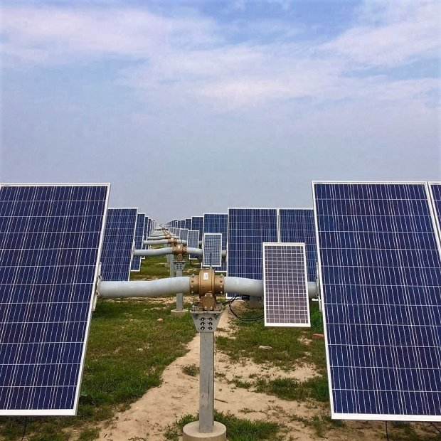 NEXTracker solar system in India. (photo courtesy of NEXTracker)