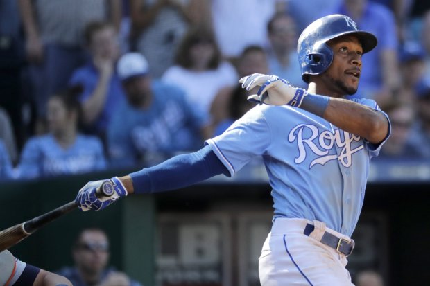 Kansas City Royals' Jarrod Dyson bats during the eighth inning of a baseball game against the Detroit Tigers Sunday, Sept. 4, 2016, in Kansas City, Mo. The Tigers won 6-5. (AP Photo/Charlie Riedel)