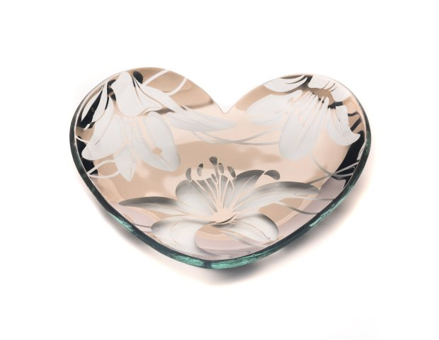 d6b6f8f4ae61 Famed glass artist Annie Morhauser s handmade collectible heart for  2017features a tiger lily design in 24K