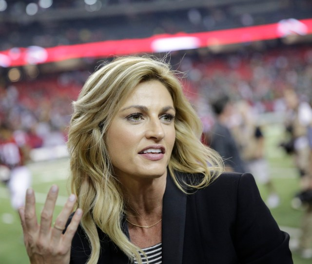 How Erin Andrews Went From Manute To Sexiest Sportscaster