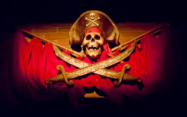 pirates_skulls