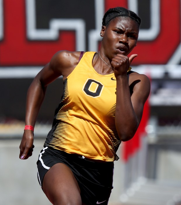 Bishop O'Dowd's Tierra Robinson-Jones competes in the girls 200m dash at the North Coast Section-Bayshore track and field meet held at James Logan High School in Union City, Calif., on Saturday, May 20, 2017. Robinson-Jones placed first. (Anda Chu/Bay Area News Group)