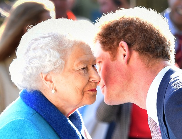 LONDON, ENGLAND - MAY 18: Queen Elizabeth II and Prince Harry attend at the annual Chelsea Flower show at Royal Hospital Chelsea on May 18, 2015 in London, England. (Photo by Julian Simmonds - WPA Pool / Getty Images)