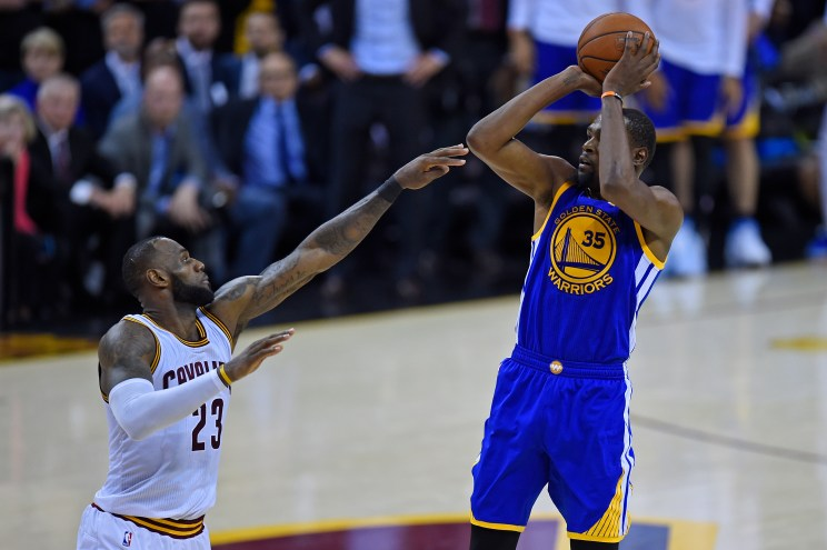 Image result for nba finals 2017 game 3